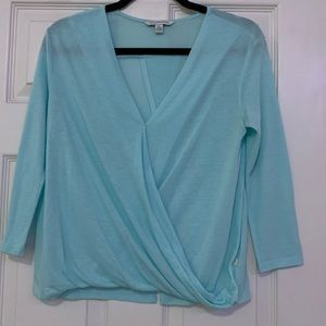 3/$30 Women's turquoise long sleeve v-neck shirt